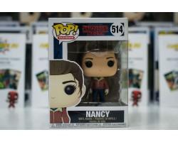 Нэнси с пистолетом из сериала Очень странные дела