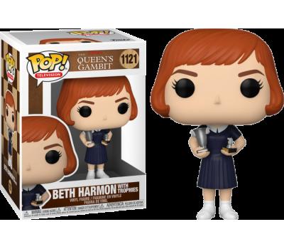 Бет Хармон с наградами из сериала Ход королевы