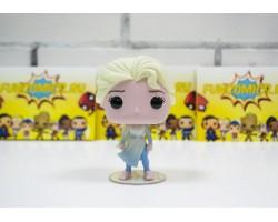 Эльза (Эксклюзив Walmart) из мультфильма Холодное сердце 2