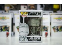 Леди справедливость (Lady Justice) с обложки альбома группы Metallica