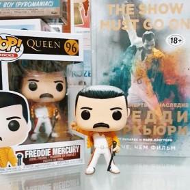Легендарный человек с невероятным голосом и харизмой♥️ ⠀ Прекрасная фигурка Фредди Меркьюри уже в продаже в нашем магазине! ⠀ Признавайтесь, а какой у вас любимый трек группы Queen?😎 ⠀ Я обожаю задорную